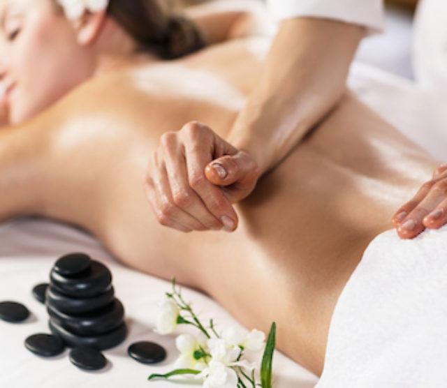 masáž na bolesť chrbta